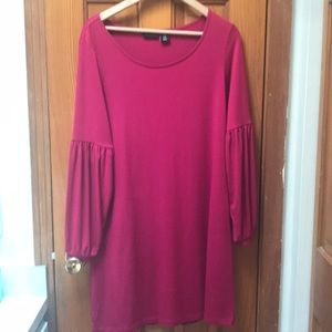 Cute bright pink tunic dress with sleeve detail.